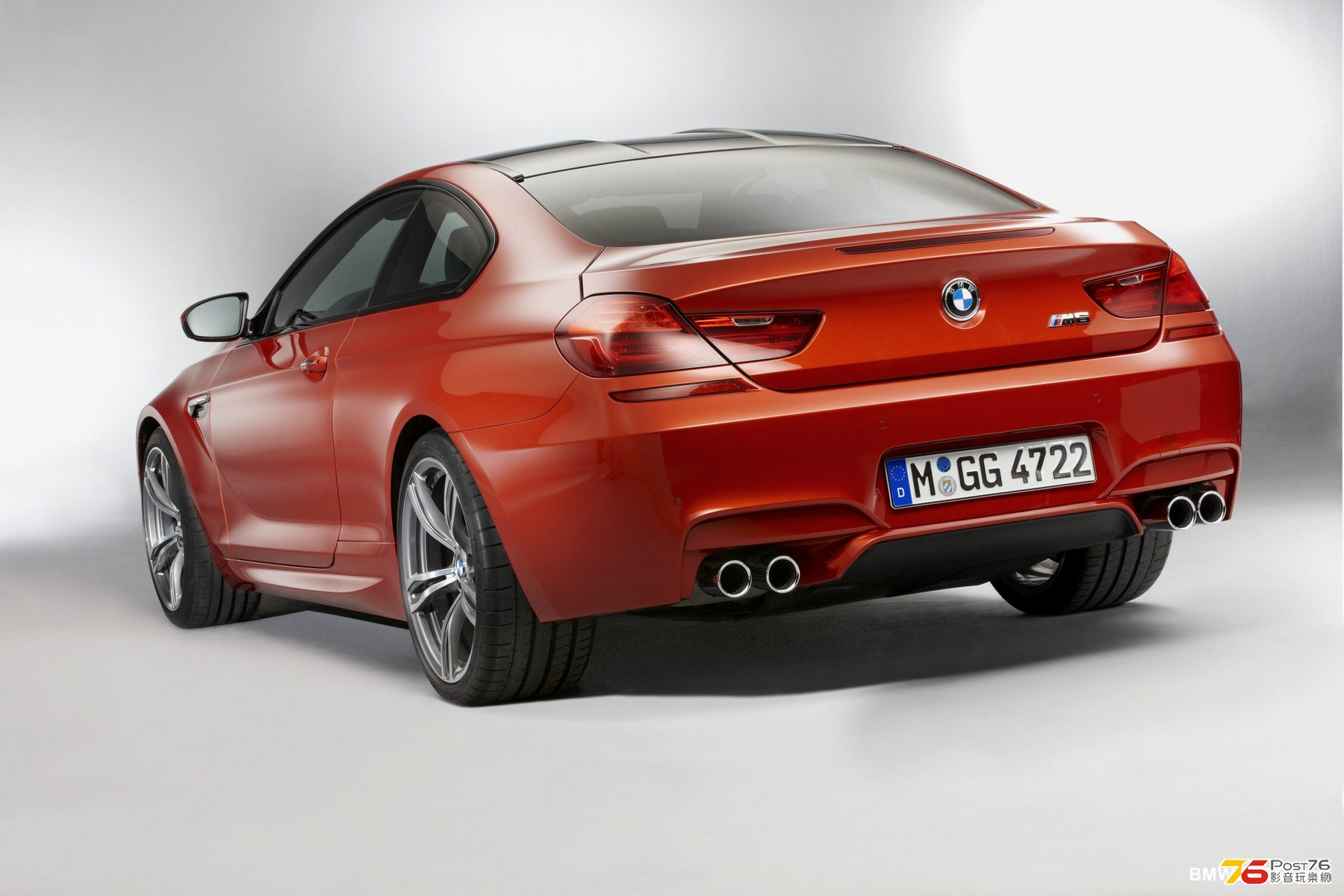 2013_BMW_M6_Coupe_07.jpg
