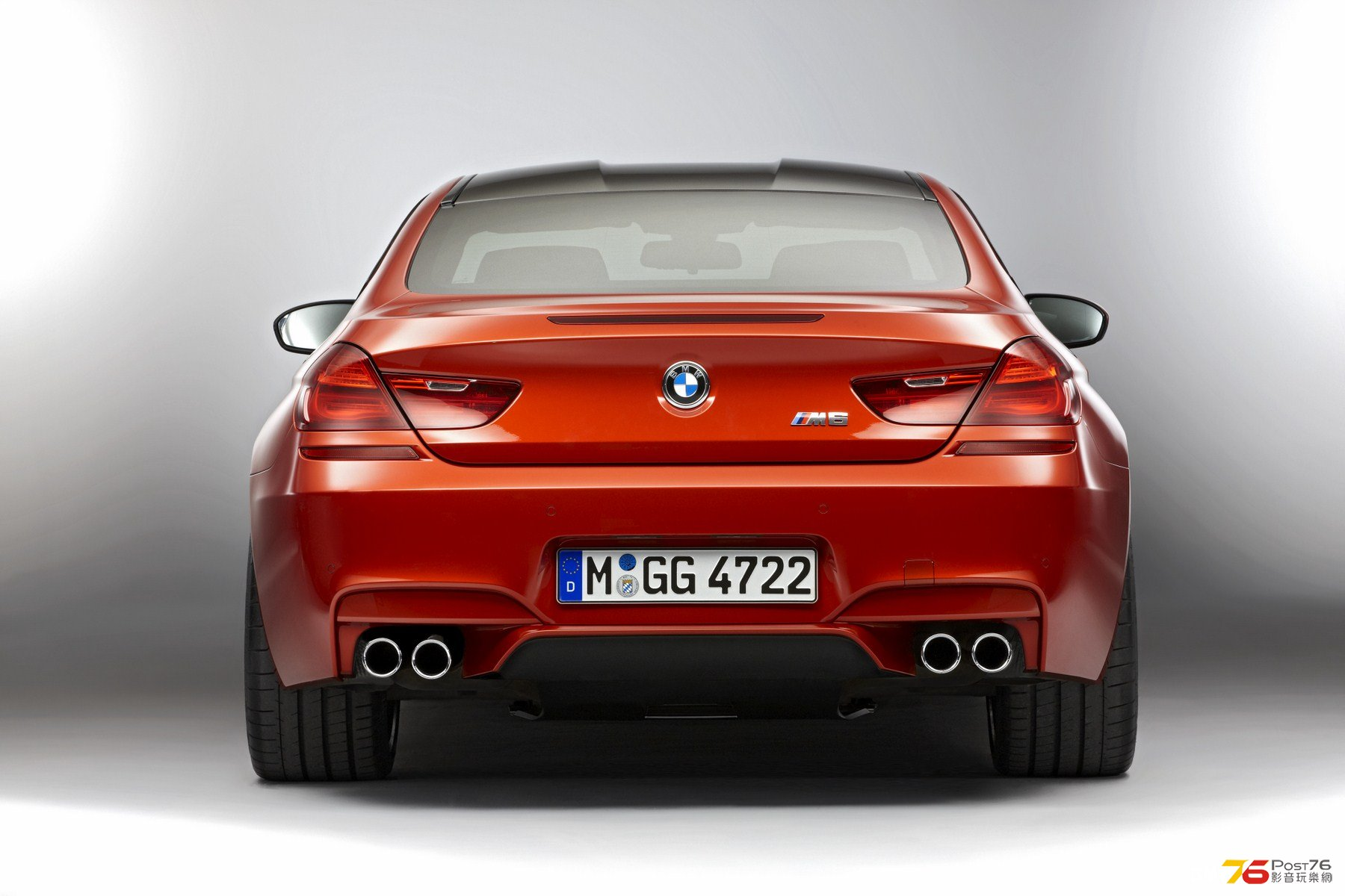 2013_BMW_M6_Coupe_08.jpg