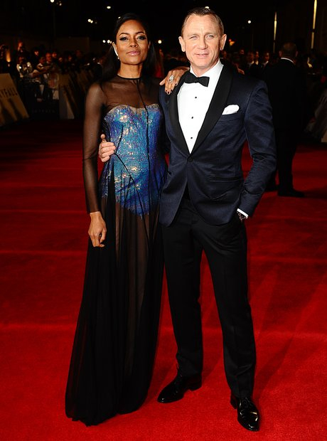 skyfall-007-the-royal-world-premiere-10-1351018668-view-3.jpg