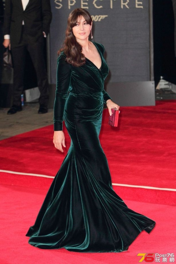 Monica-Bellucci-arrives-at-Royal-Albert-Hall-London.jpg