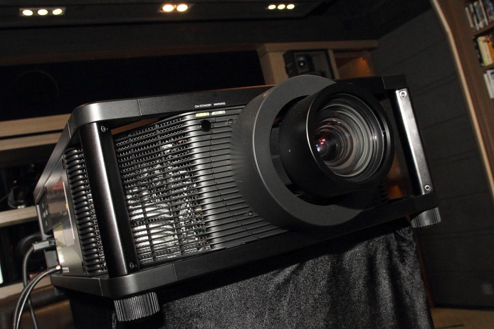 SONY_$K_HDR_PROJECTOR_0075